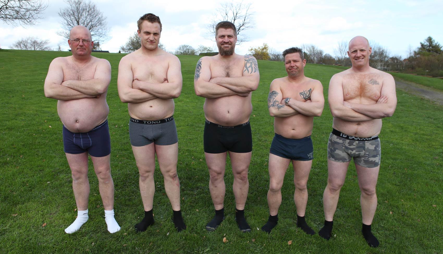 mænd i dameundertøj saltvandsbryster